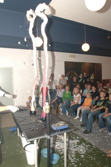 tynd dreng Planetarium i Jels