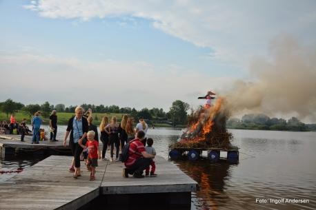 Jels Borgerforening står bl.a. bag den årlige Sankt Hans fest ved Jels Søbad