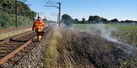 Jels Frivillige Brandværn var i går udkaldt to gange til naturbrande. Foto: Jels Frivillige Brandværn.