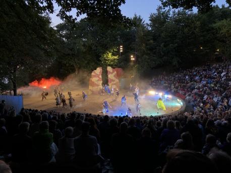 Ulvesommer satte publikumsrekord med hele 23.595 tilskuere. Foto: Jels Vikingespil.