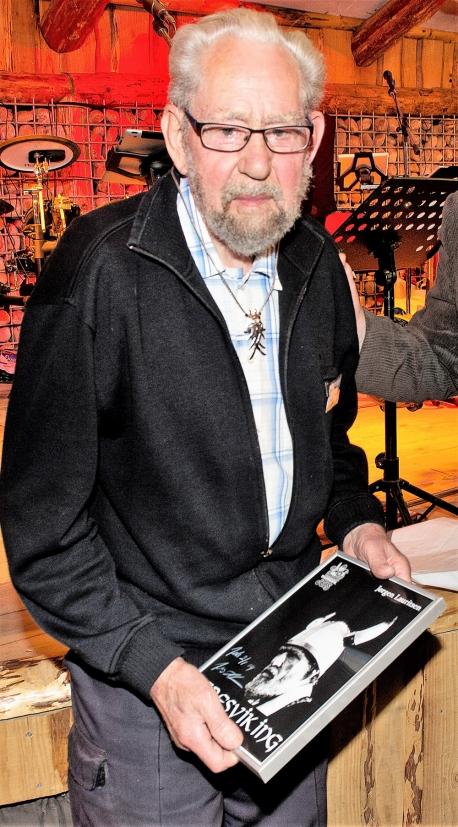I 2013 blev Jørgen Hagelskær Lauritsen udnævnt til æresviking i Jels Vikingespil. Foto: JV.dk.