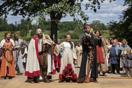 Jels Vikingespil søger lige nu efter frivillige der ønsker at få en talerolle til sommerens forestilling Krakes Kæmper. Foto: Frank Cilius.